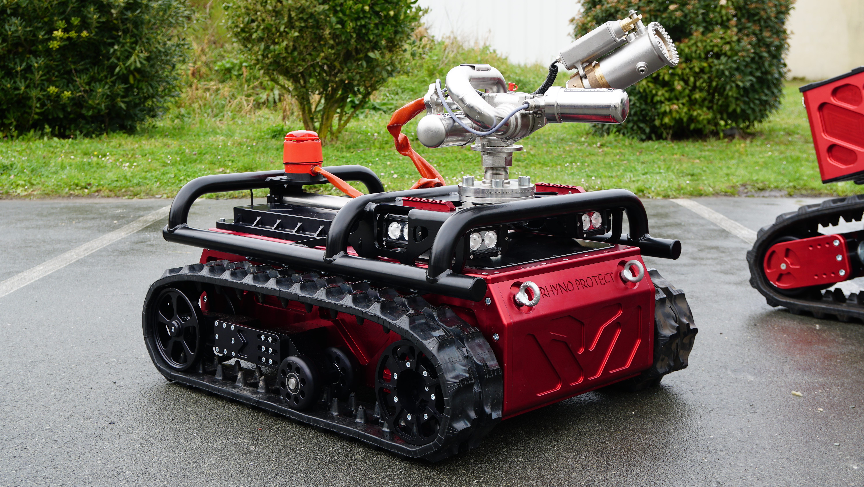 Rhyno Protect-Robot pompier-Shark Robotics